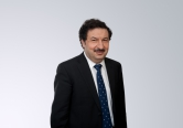 Поздравление ректора РАНХиГС Владимира Мау с 25-летием Конституции РФ